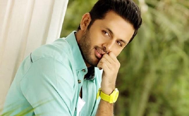 Tollywood Hero Nithin Donates Rs 10 Lakh To Telugu States